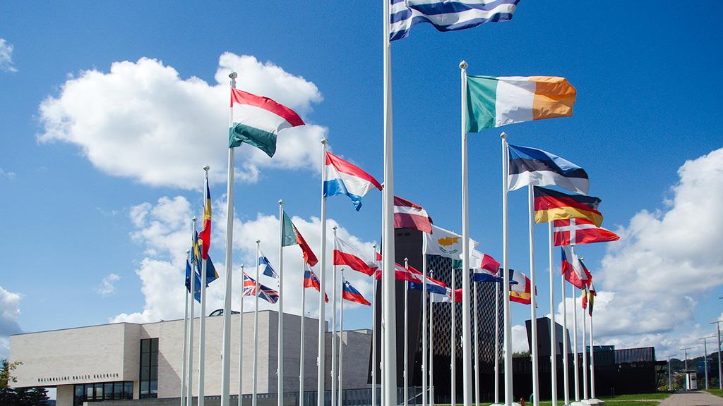 Democrazia sospesa in Europa … e fra non molto anche in Svizzera!