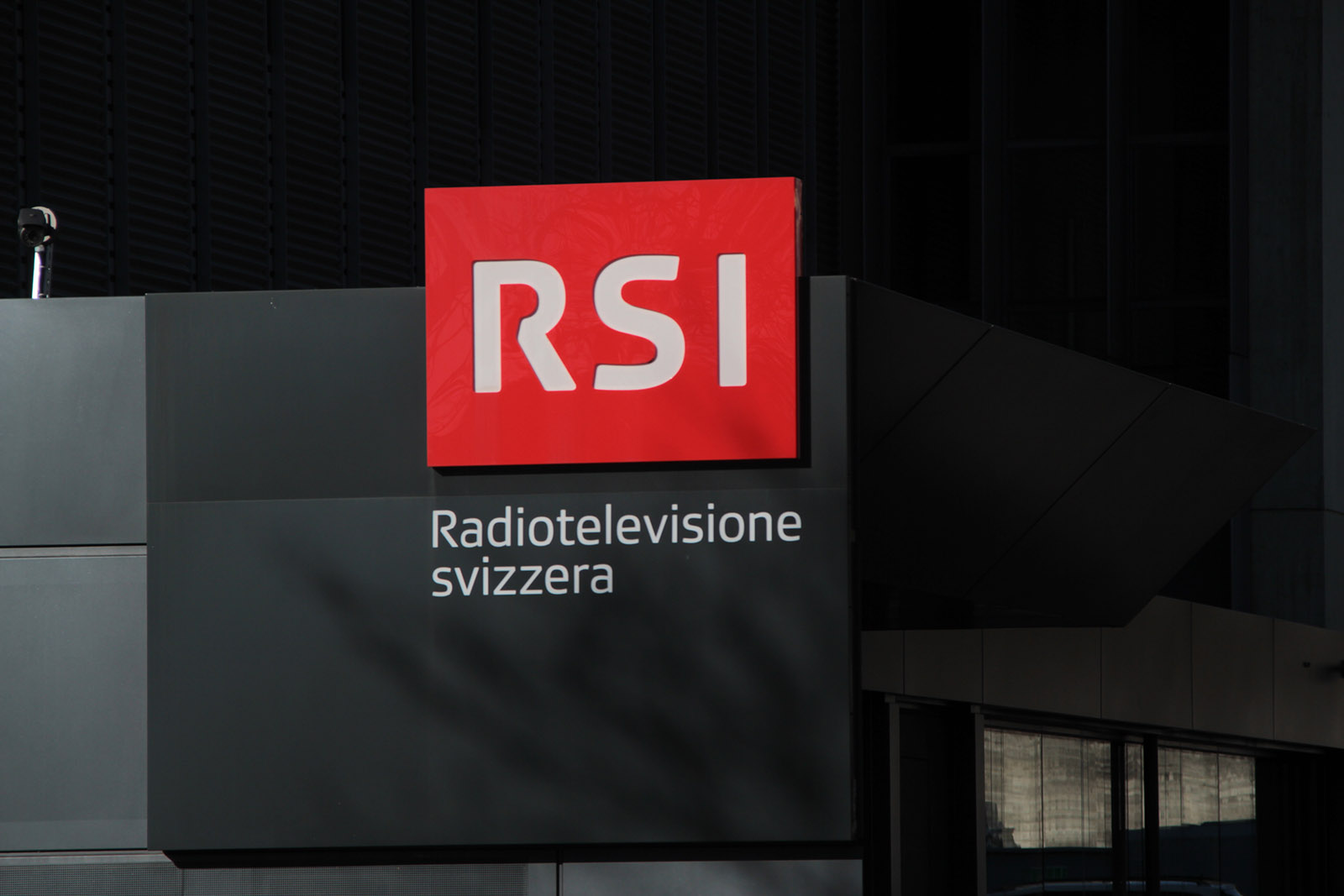 """""""Dibattito"""" TV per la nuova Bellinzona? RSI allo sbando, fra Arsenico e Vecchi merletti!"""