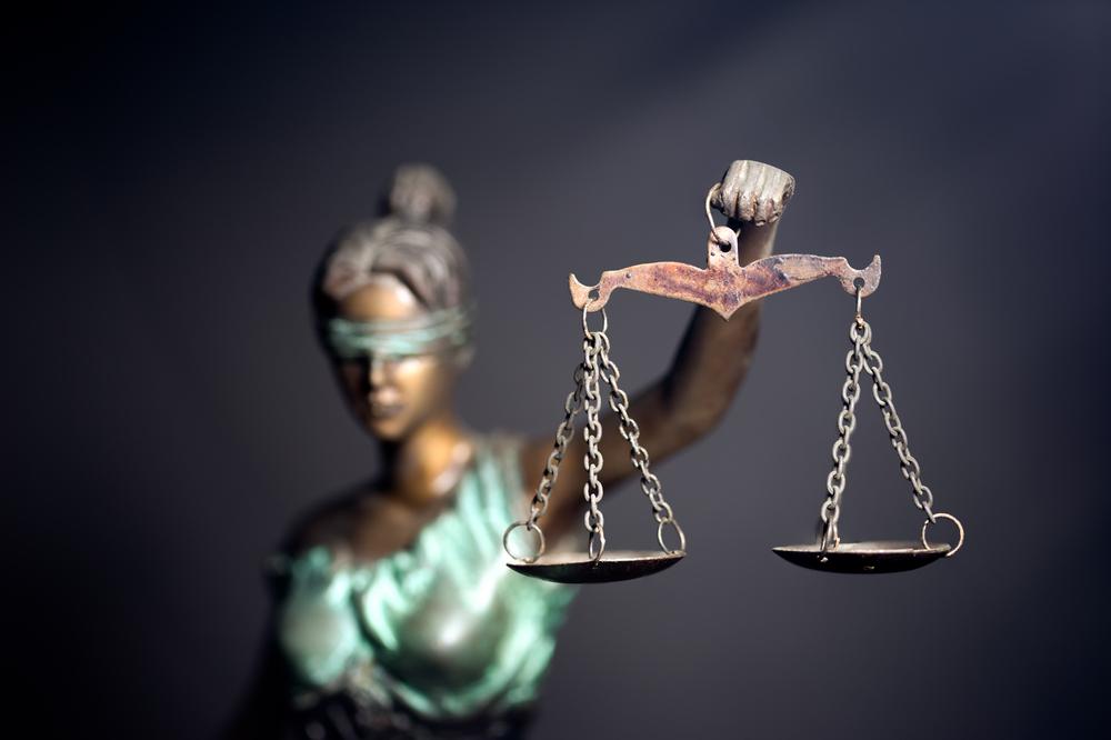 Gli inganni della mente e la politica degli inganni